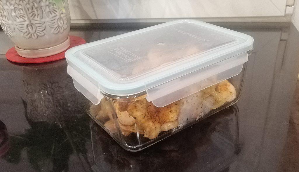 3 sposoby na sprytne gotowanie - spakowane mięso z kurczaka